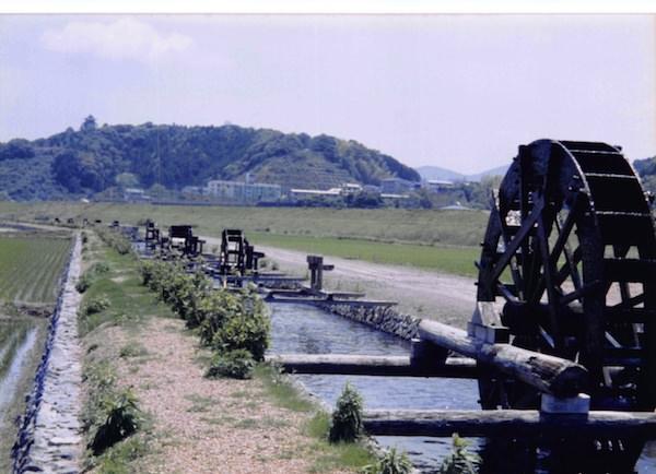安並の水車
