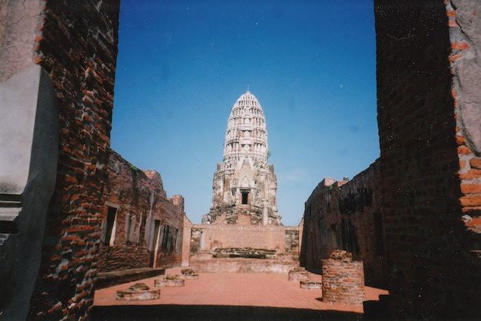 壮大な寺院