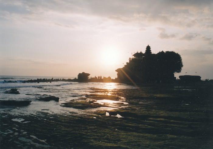 タナロット寺院の夕日