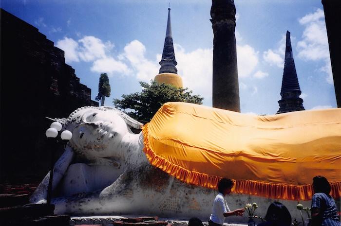 ワット・ヤイ・チャイ・モンコンの寝釈迦像