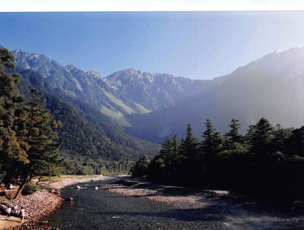 河童橋から見た穂高連峰