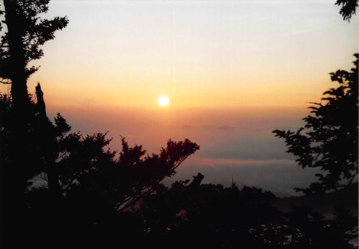 日出ヶ岳で見る日の出