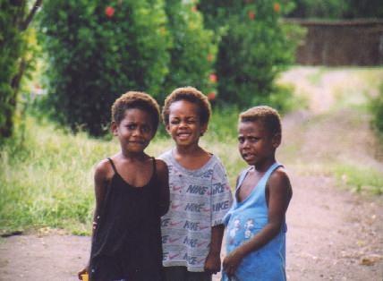 バヌアツ現地の子供たち