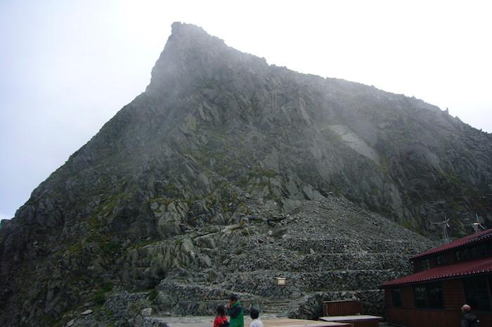 奥穂高岳への登り口