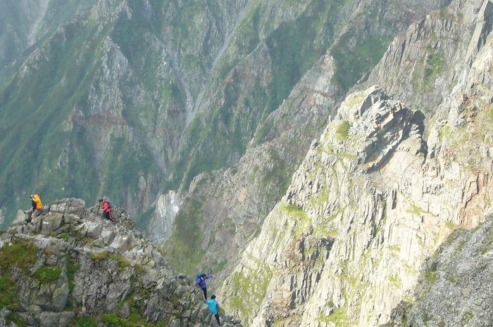 北穂高岳から穂高岳山荘への縦走路