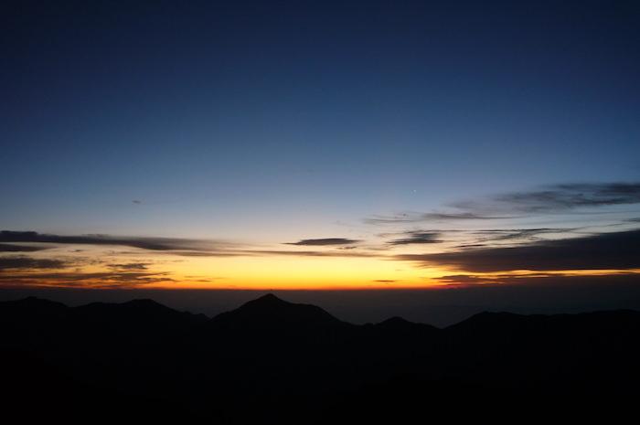 穂高岳山荘からの朝焼け