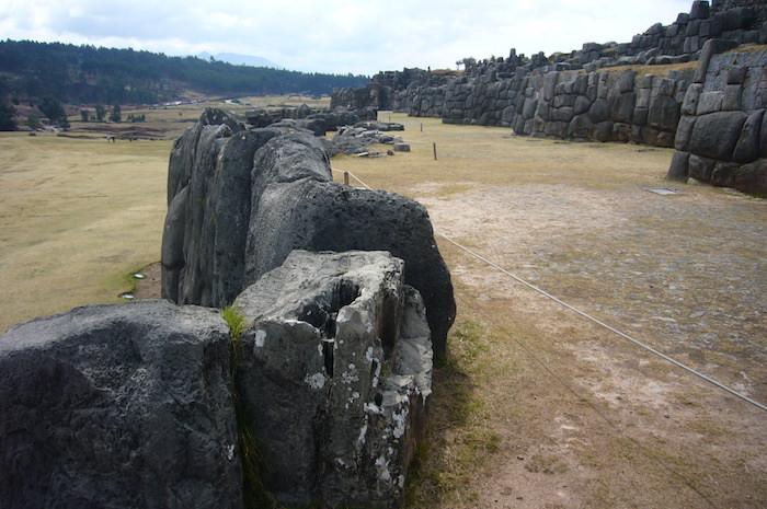 3層から成る強固な壁