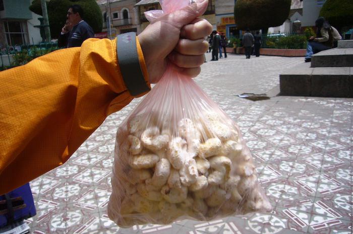 ペルーの巨大なポン菓子