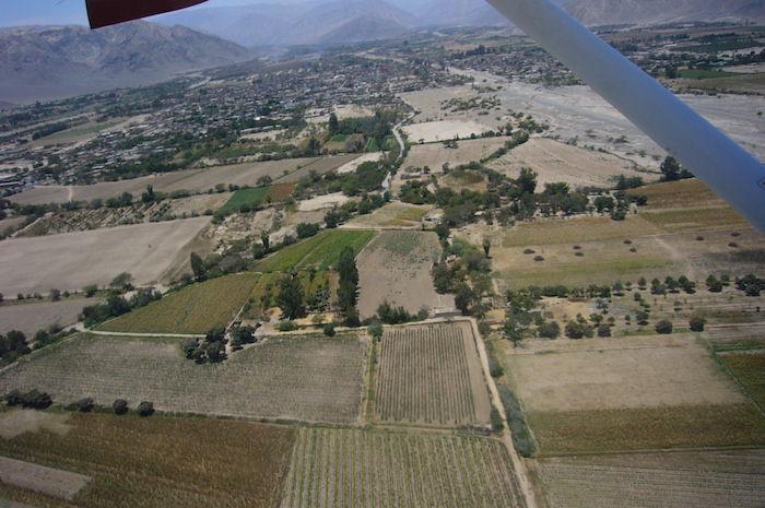 セスナから見たナスカの風景