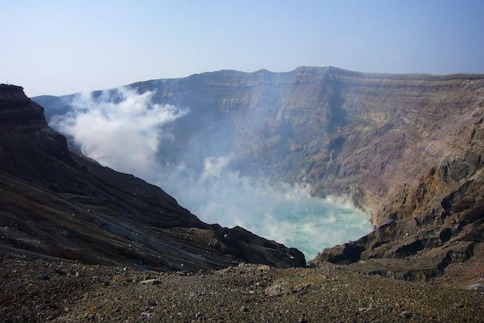 阿蘇山の火口