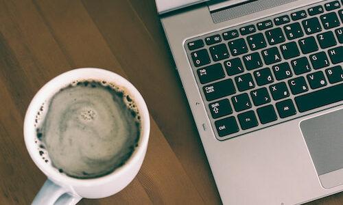 MacBook Airにコーヒーこぼした時にとった対応と学んだこと