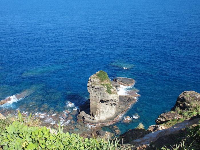 与那国島のシンボル「立神岩」