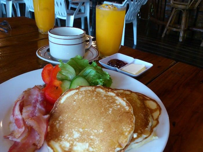 パラオ アンテロープの朝食