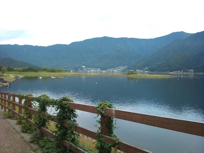 河口湖を散歩
