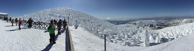 山形蔵王温泉スキー場ゴンドラ山頂の展望台