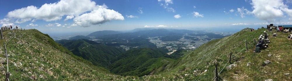 伊吹山山頂からパノラマ撮影