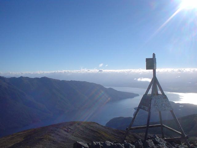 ラクスモア山頂 - ケプラー・トラック - NZトレッキング