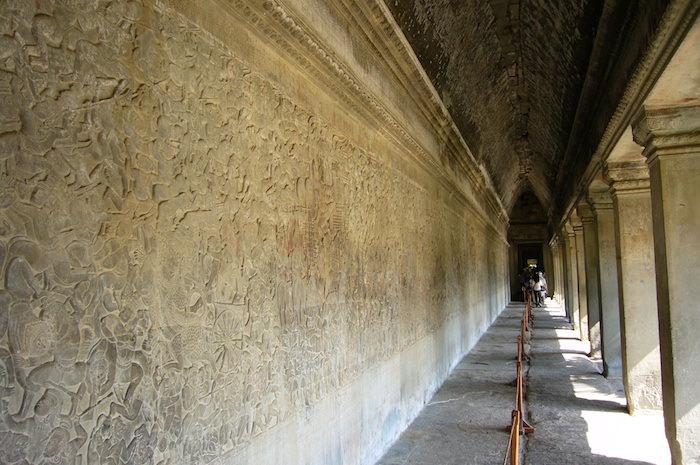 アンコール・ワットの回廊にあるレリーフ