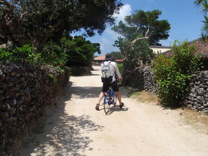 竹富島でレンタル自転車
