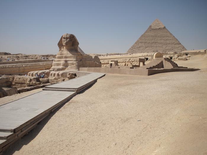 スピンクスとクフ王のピラミッド