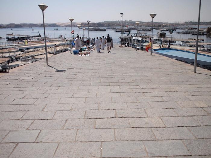 アスワンからイシス神殿行きの船着き場