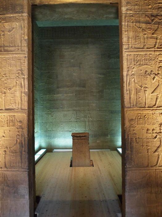 イシス神殿の至聖所