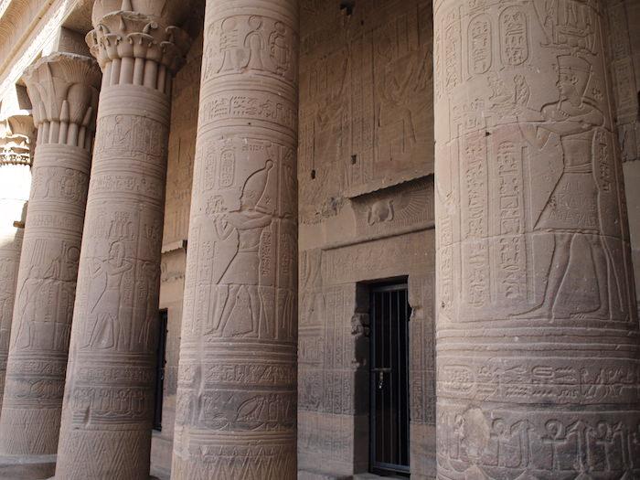イシス神殿の壁画