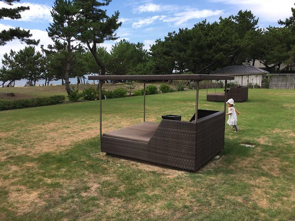 あわじ浜離宮の芝生スペース