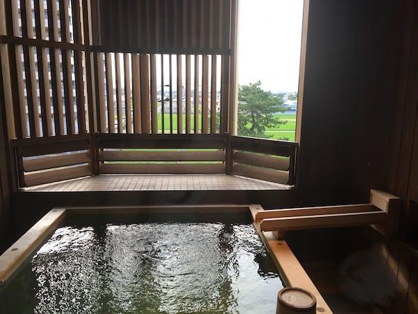 あわじ浜離宮の部屋付き露天風呂