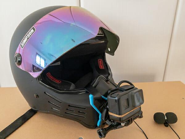 シンプソンM30ヘルメットにGoPro顎マウント