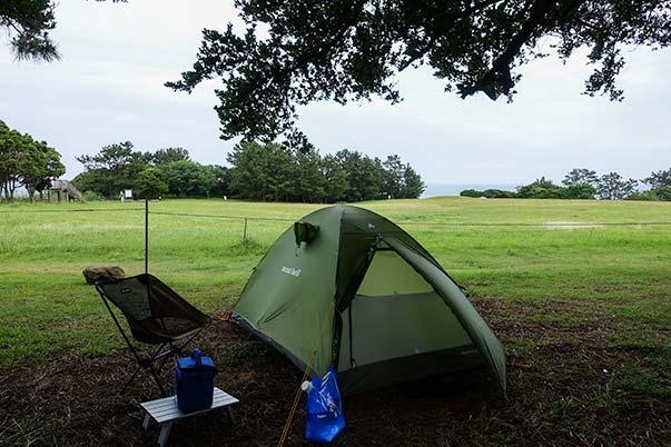 潮岬キャンプ場でテント泊