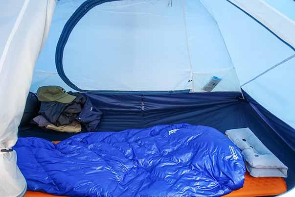 モンベル クロノスキャビン2型のテント内部の広さ