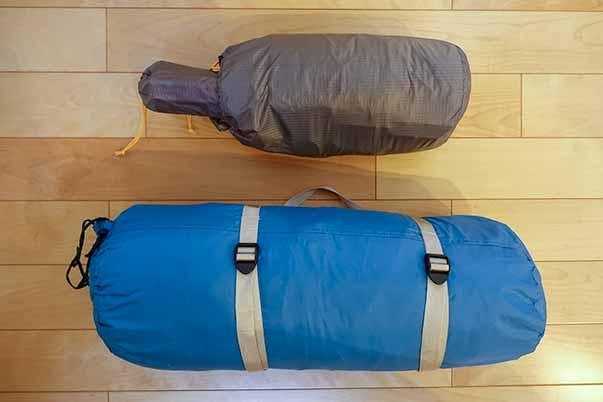 モンベル テント「ステラリッジ テント2」「クロノスキャビン2型」収納サイズの比較