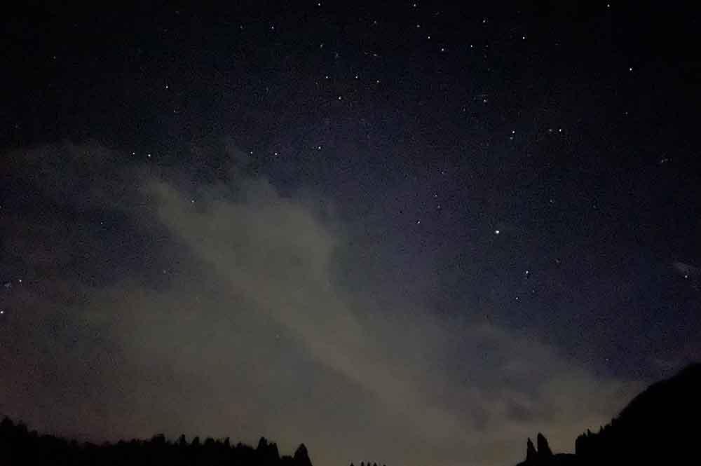 ハチ北スキー場にあるキャンプ場から見た星空