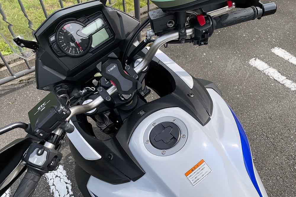 スズキ V-STROM 650XT ABS 2019のコックピット